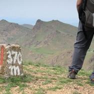 Pe varful Sulucu Mare (370m). Ai impresia ca esti in Fagaras - Culmea Pricopanului, Muntii Macin