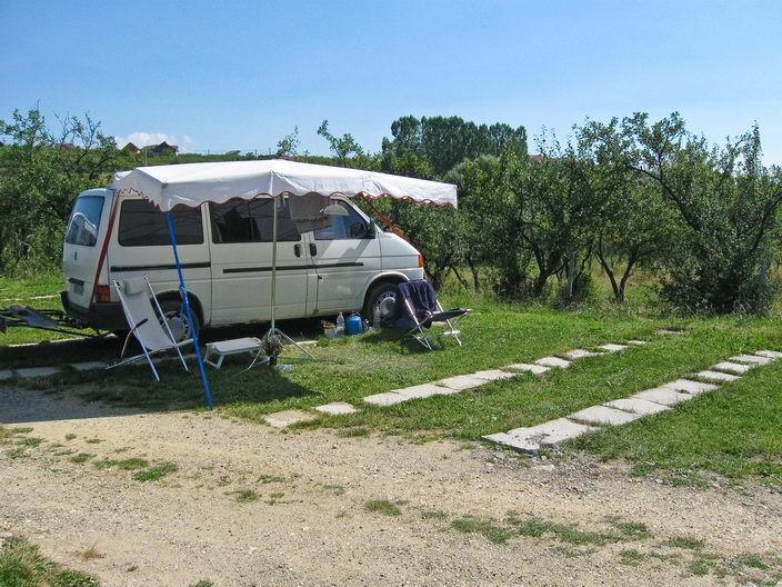 Camping Ananas, Cisnadioara