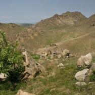 Culmea Pricopanului_Muntii Macin 1 Mai 2011 Culmea Pricopanului_Cozluk_Fundu_Plopilor