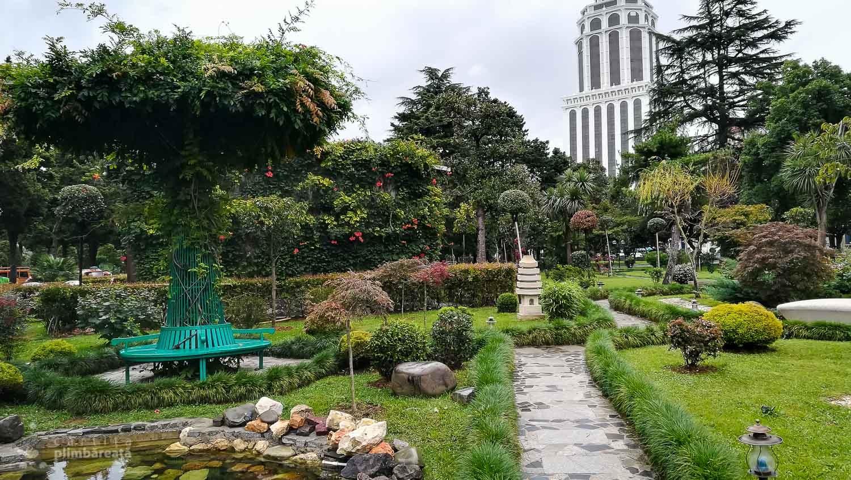 Un fel de gradina japoneza in parcul central