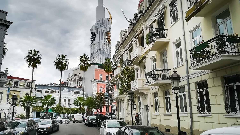 Turnul Batumi si ceva straduta reabilitata