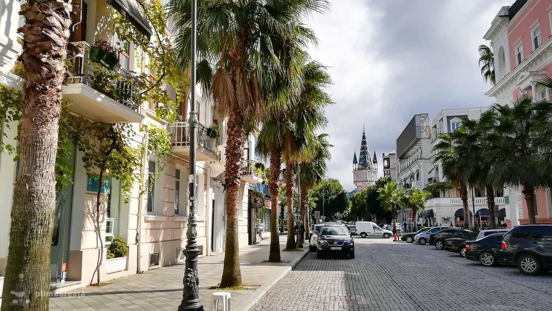 Una din cele mai frumoase strazi din Batumi