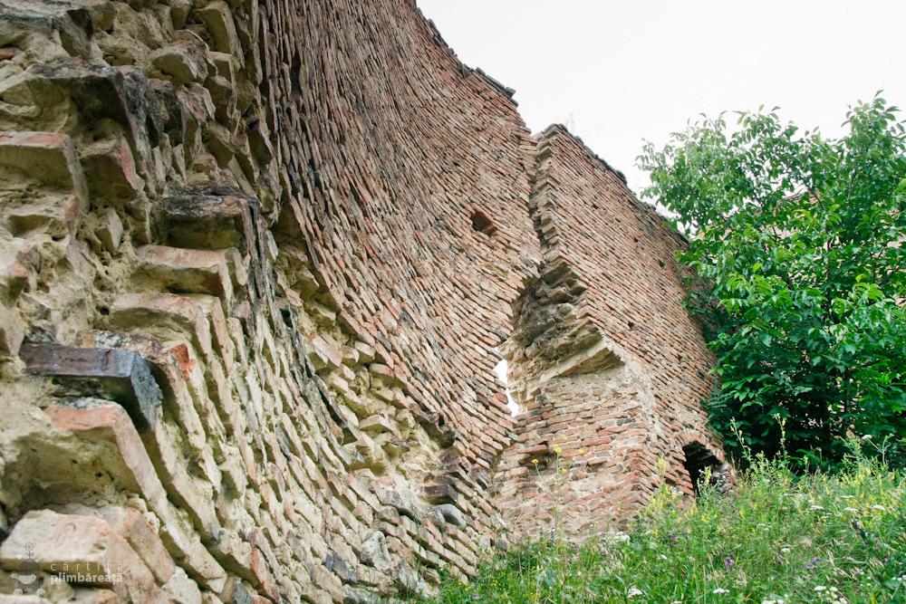 Zidurile in partea de sud - Cetatea din Slimnic - Stolzenburg