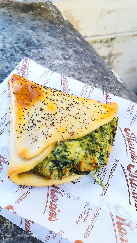 Pastizzi in Malta cu spanac si ricotta