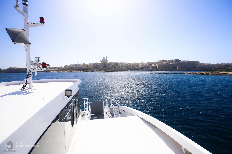 Vedere din feribot cu Valletta